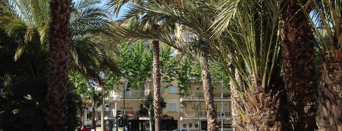 Plaza Europa is one of Tempat yang Disukai An.
