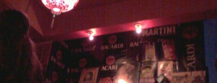 Bar do Alce is one of Locais curtidos por William.