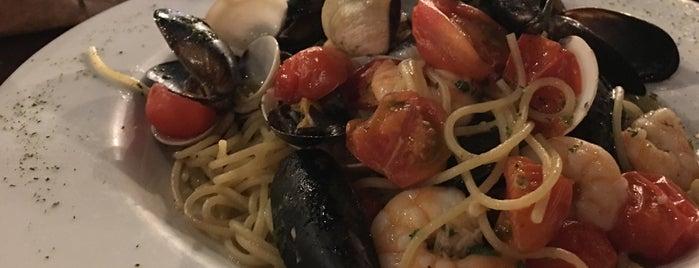 Perché No Italian Food is one of Orte, die Daniela gefallen.