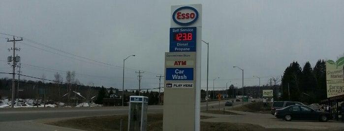 Esso is one of สถานที่ที่ Chris ถูกใจ.