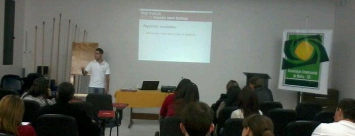 ACIM - Associação Comercial e Industrial de Mafra is one of Lieux qui ont plu à Kleber.