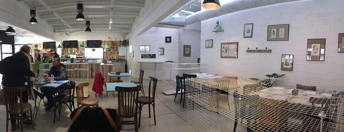 Forn Cafe Heura is one of Posti che sono piaciuti a enrico.