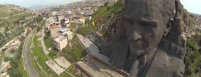 İzmir is one of สถานที่ที่ SUAT YALÇIN ถูกใจ.