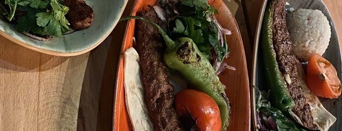 Diwan Restaurant is one of Vien.