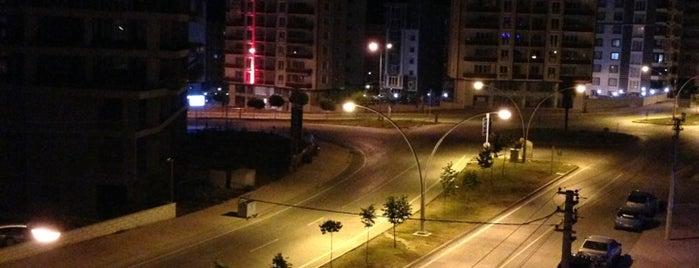 Cağaloğlu Caddesi is one of สถานที่ที่ Elif Merve ถูกใจ.