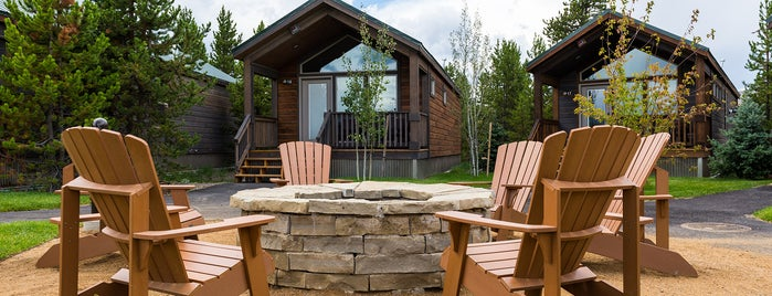 Explorer Cabins at Yellowstone is one of Orte, die California Travel Tips - gefallen.