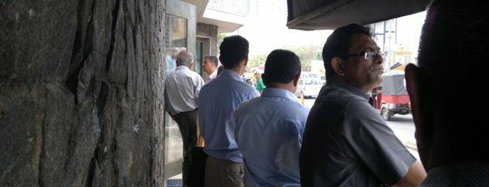 Embassy of the United States of America is one of Posti che sono piaciuti a Bora.