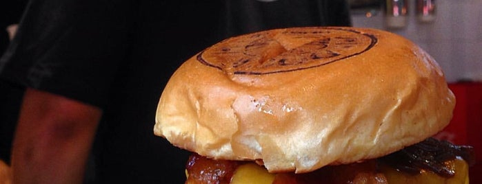 Dock Burger is one of Guia do Hambúrguer 🍔.