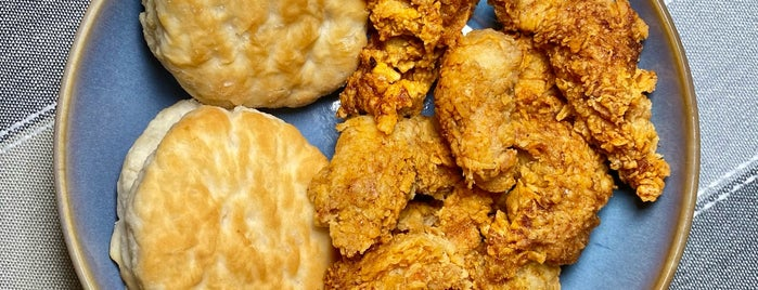TKK Fried Chicken / Kung Fu Tea is one of Manhattan To-Do's (14th Street to 59th Street).