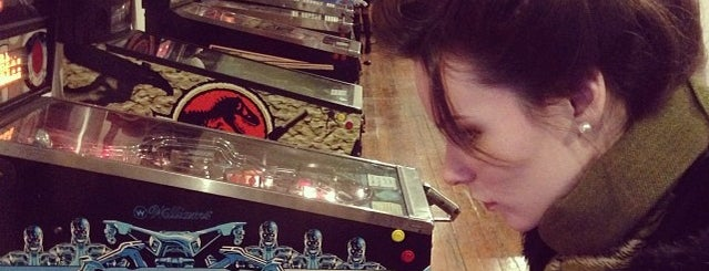 Porter's Pinball Parlor is one of Pinball Destinations.