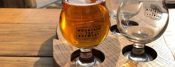 Mountain Tap Brewery is one of Locais curtidos por Erik.