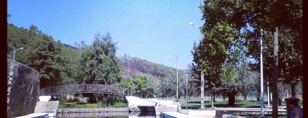 Almaceda is one of สถานที่ที่ Filipe ถูกใจ.