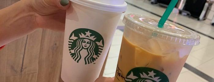 Starbucks is one of Lieux qui ont plu à 🌜🌟hakan🌟🌛.