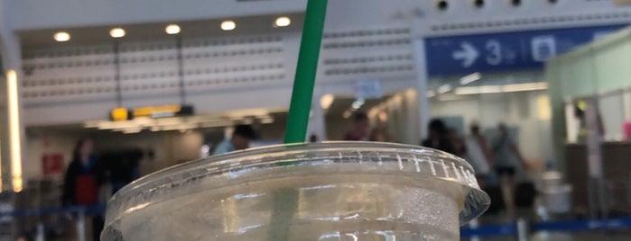 Starbucks is one of Locais curtidos por Paolo.
