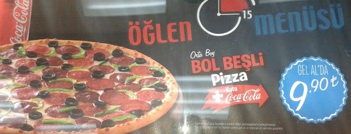 Domino's Pizza is one of Locais curtidos por TC Tuba.