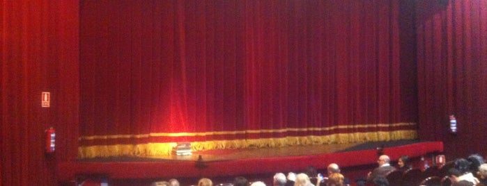 Teatro Marquina is one of Iñigoさんのお気に入りスポット.