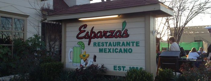 Esparza's Restaurante Mexicano is one of Posti che sono piaciuti a Nobody.