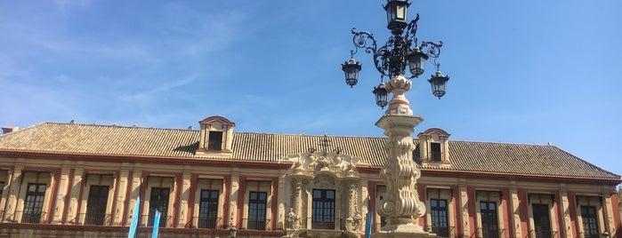 Palacio Arzobispal is one of Cosas que ver en Sevilla.