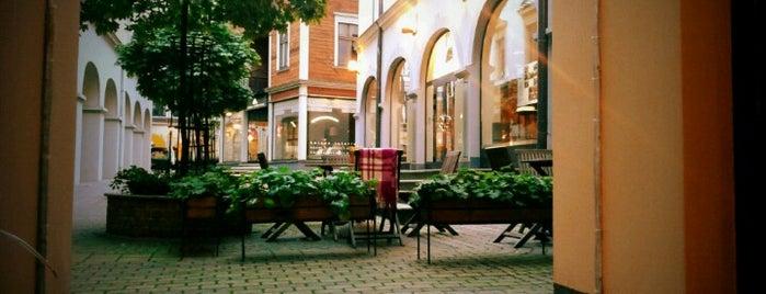 Iguāna is one of Top 10 restaurants when money is no object.