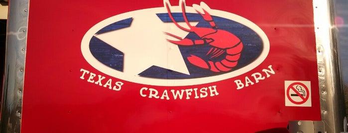 Texas Crawfish Barn is one of Lugares favoritos de Joe.