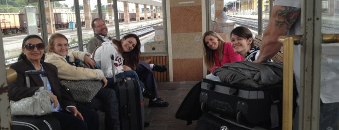 Stazione Vicenza is one of Top 100 Check-In Venues Italia.