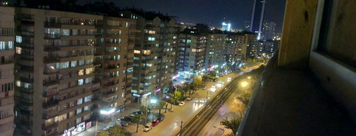 Ahmet Hilmi Nalçacı Caddesi is one of สถานที่ที่ İZZET CAN ถูกใจ.