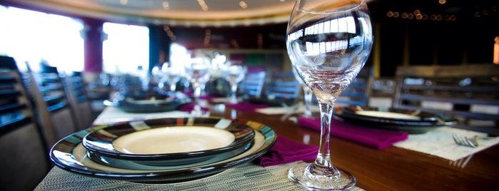 Yasmina Lebanese Cuisine is one of Locais curtidos por Volkan.
