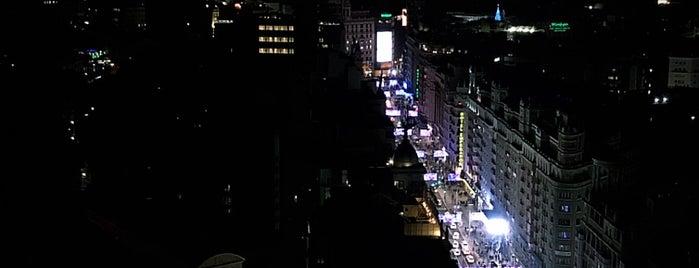 360° Rooftop Bar is one of Jonatan'ın Beğendiği Mekanlar.