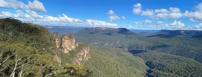 Blue Mountains is one of Sydney.