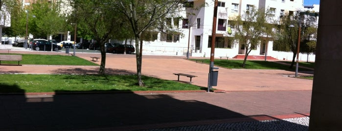 Jardim da Alameda Roentgen is one of Ruiさんのお気に入りスポット.