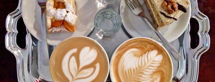 Caffe Amadeus is one of Turki 님이 좋아한 장소.