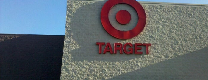 Target is one of Lugares favoritos de Alexandra.
