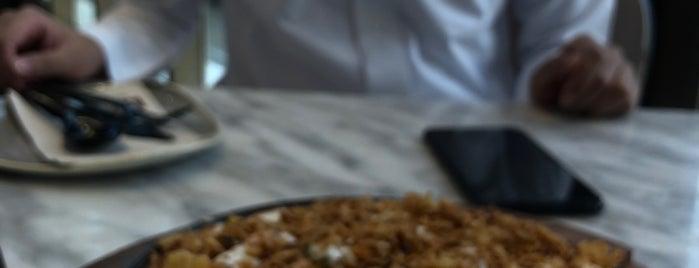 Lava Restaurant is one of Abdullah'ın Beğendiği Mekanlar.
