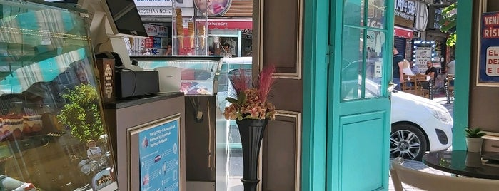 Zaika Cafe is one of Zeynep 님이 좋아한 장소.