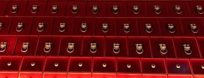 Pawn Room is one of Posti che sono piaciuti a Michael.