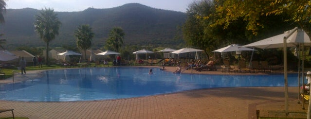 Vacation Club pool is one of Orte, die Ju gefallen.