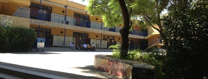 Colegio Institución Teresiana is one of Alvaro'nun Beğendiği Mekanlar.