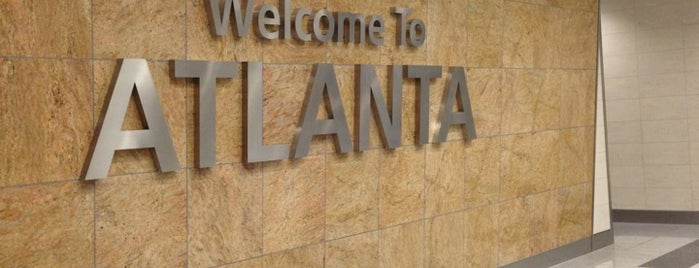 Hartsfield-Jackson Atlanta International Airport (ATL) is one of สถานที่ที่ Ricardo ถูกใจ.