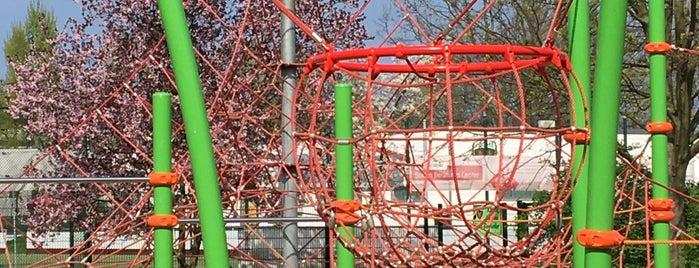 Spielplatz is one of Lugares favoritos de Impaled.