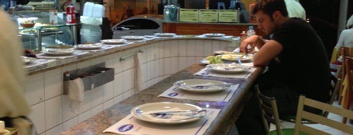 Restaurante e Confeitaria Lopes is one of Brasil: restaurantes bons, bonitos e baratos.