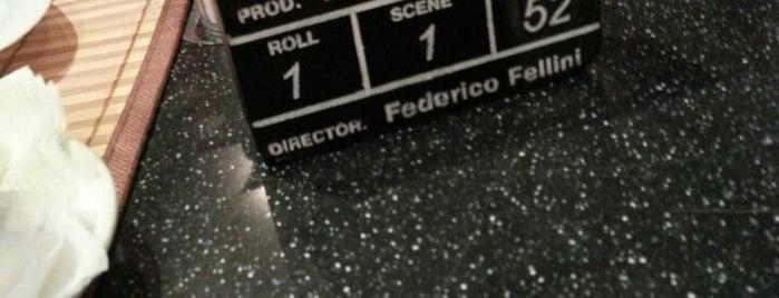 Fellini is one of Locais salvos de Alina.