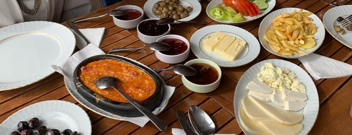 Hanımeli Restorant & Cafe is one of Ankara.