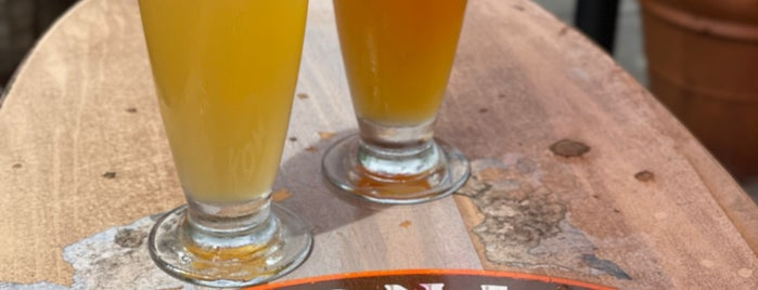 Kona Brewing Co. & Brewpub is one of lino : понравившиеся места.
