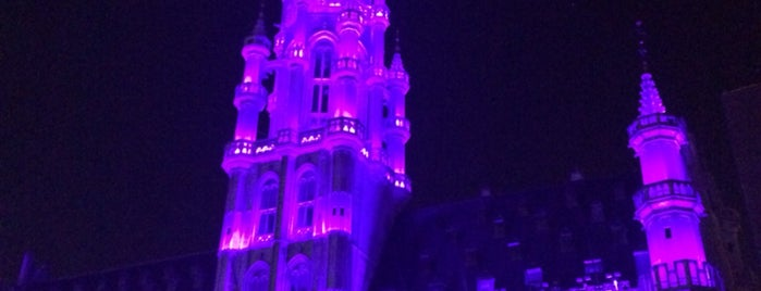Grand Place / Grote Markt is one of Niche 님이 좋아한 장소.