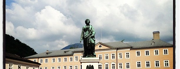 Mozartplatz is one of Salzburg 🇦🇹.