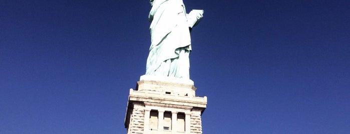 อนุสาวรีย์เทพีเสรีภาพ is one of NY To Do.