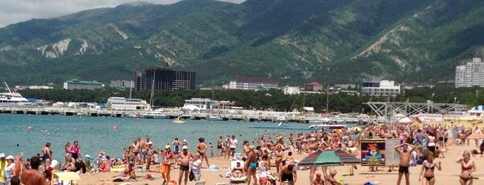 Центральный пляж is one of Vasiliy 님이 좋아한 장소.