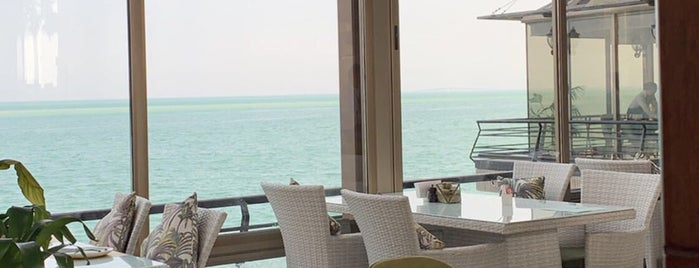 Sunroom Cafe & Restaurant is one of Khobar &Dammam.