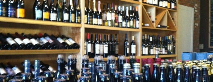 Corner Stone Craft Beer & Wine is one of Tempat yang Disukai Josh.
