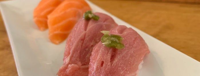 Mikomi Japanese Restaurant is one of Corey : понравившиеся места.